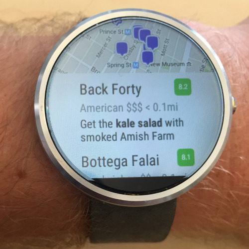 Foursquare Android Wear  Foursquare para Android Wear